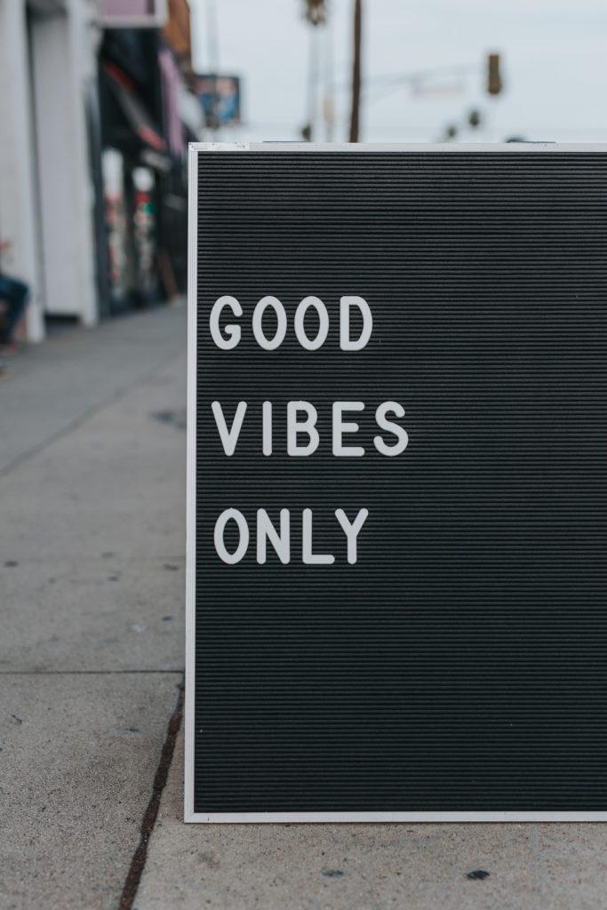 Good vibes only - acronimi inglesi