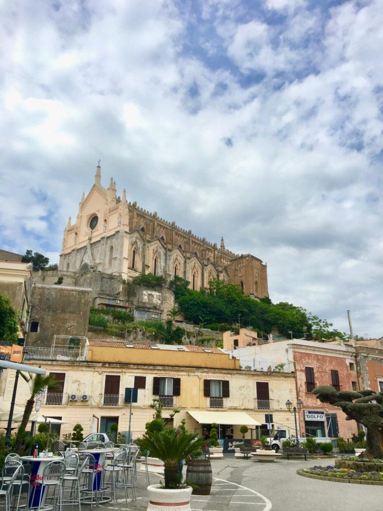 Cattedrale di Gaeta - mare a Sperlonga e Gaeta